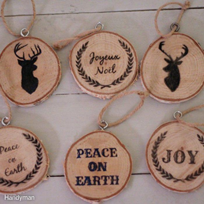 Simple Christmas Tree Decorations: Wood Slice Ornaments