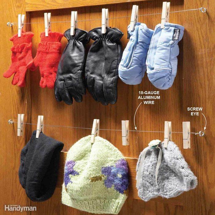 Behind the Door Storage: Closet Glove Rack