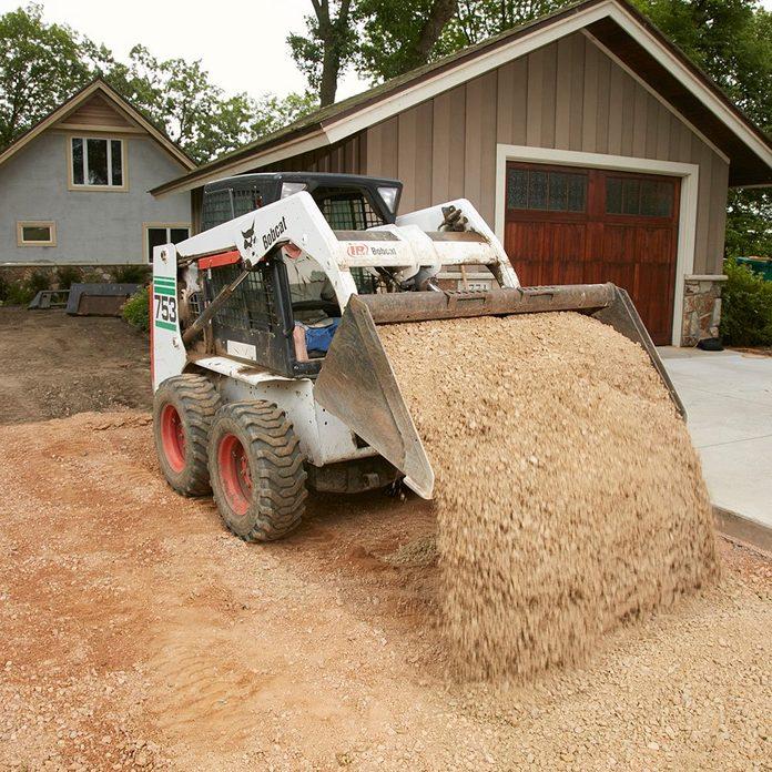 Pouring a good gravel base | Construction Pro Tips