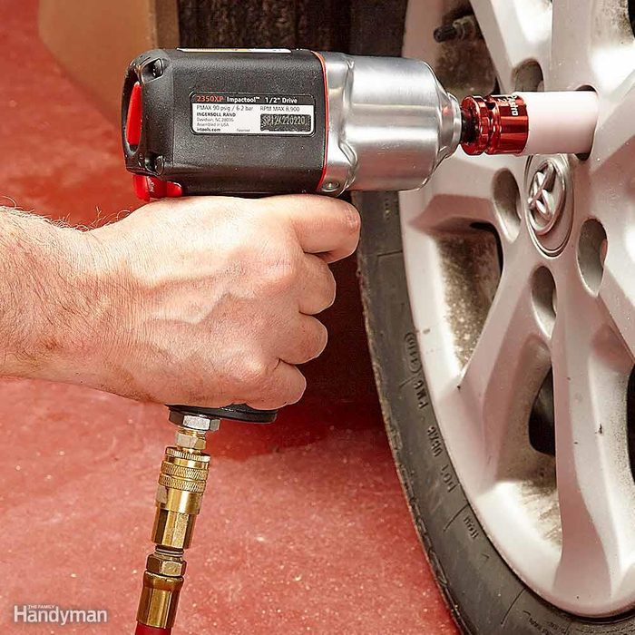 Powerful Impact Wrench Removes Tough Fasteners