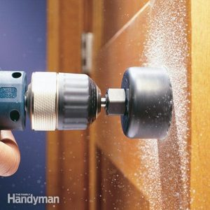 How to Properly Use a Hole Saw