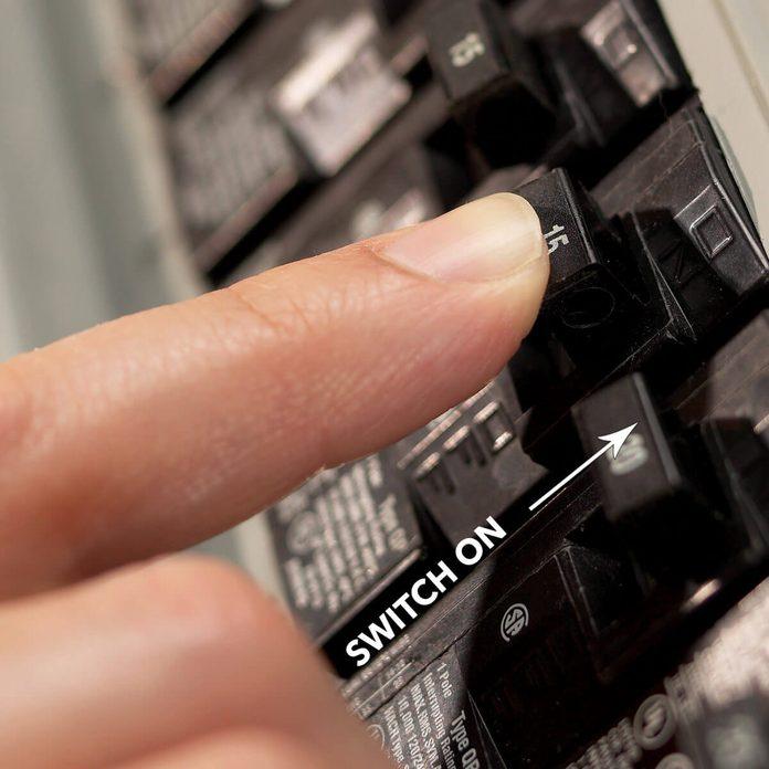 turn circuit breaker switch on