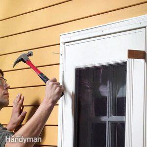 How to Adjust Storm Doors