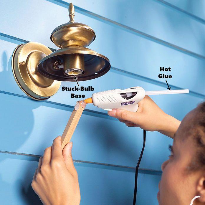 exterior stuck light bulb