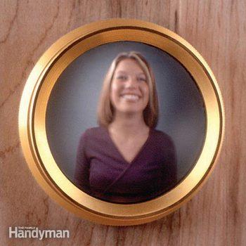 FH09MAY_VISCREE_01-2 peephole viewer