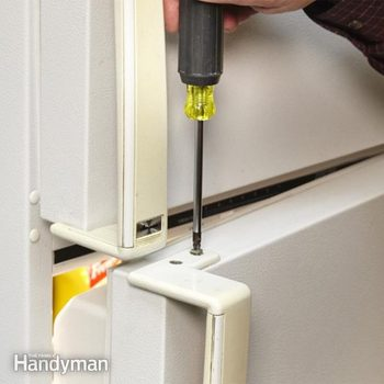 FH13JAU_PAIHAN_01-2 how to paint a refrigerator, can you paint a refrigerator, how to paint appliances