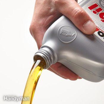 FH13OCT_OILFIL_01-2 car oil