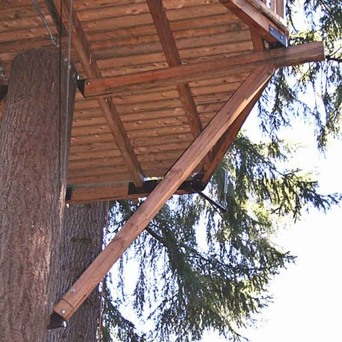DIY Treehouse Building Tip 8: Beware of the Safety Issues