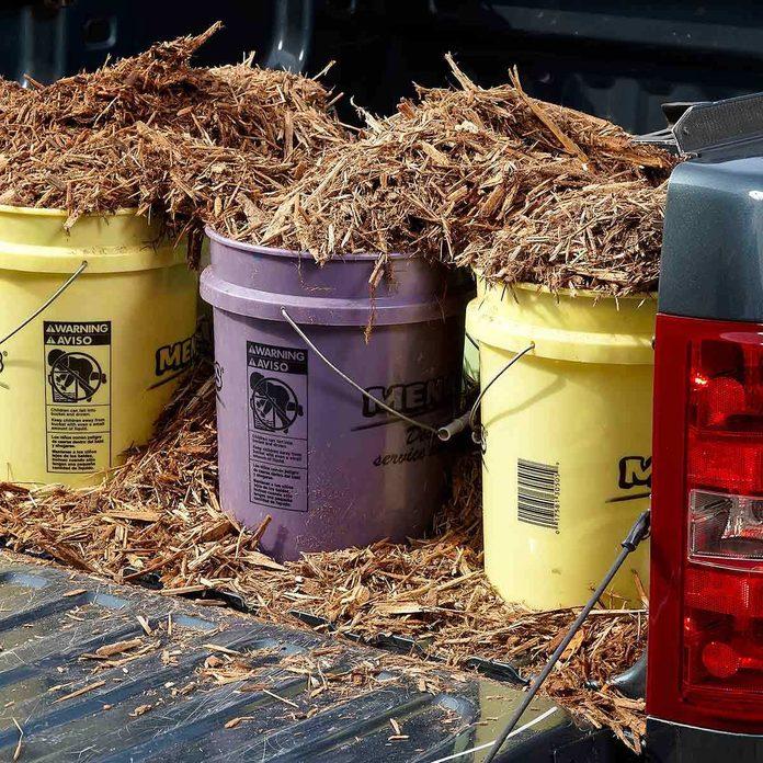 Easier mulch unloading 5 gallon bucket