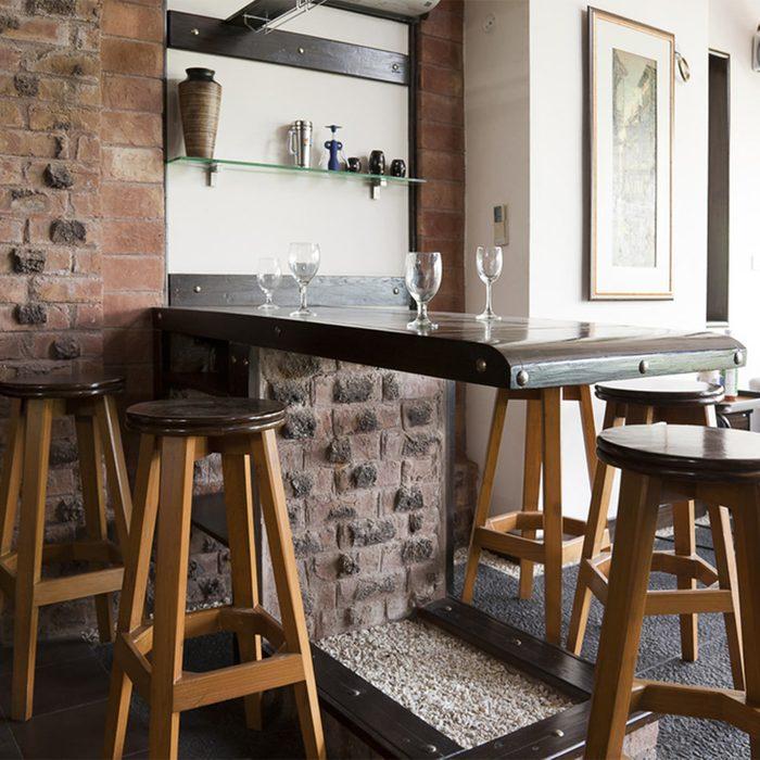 Choose a Durable, Beautiful Bar Surface