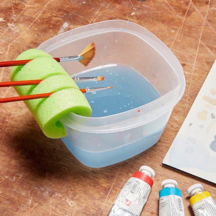 Nifty Paintbrush Holder pool noodle
