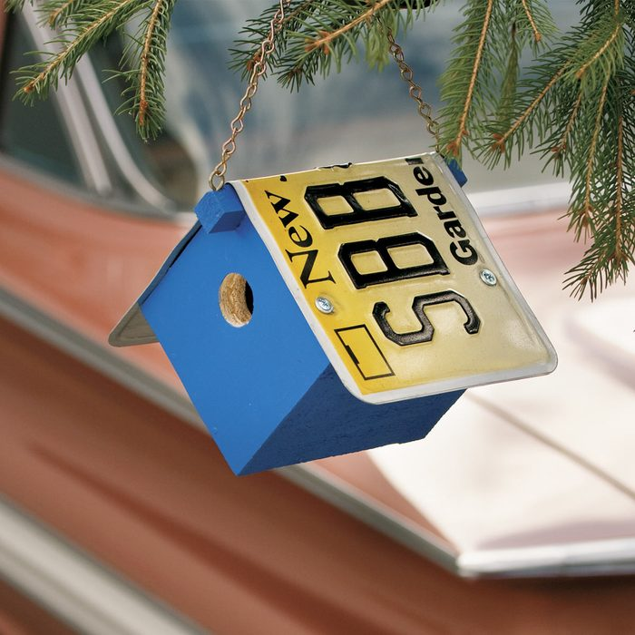 Build a License Plate Birdhouse