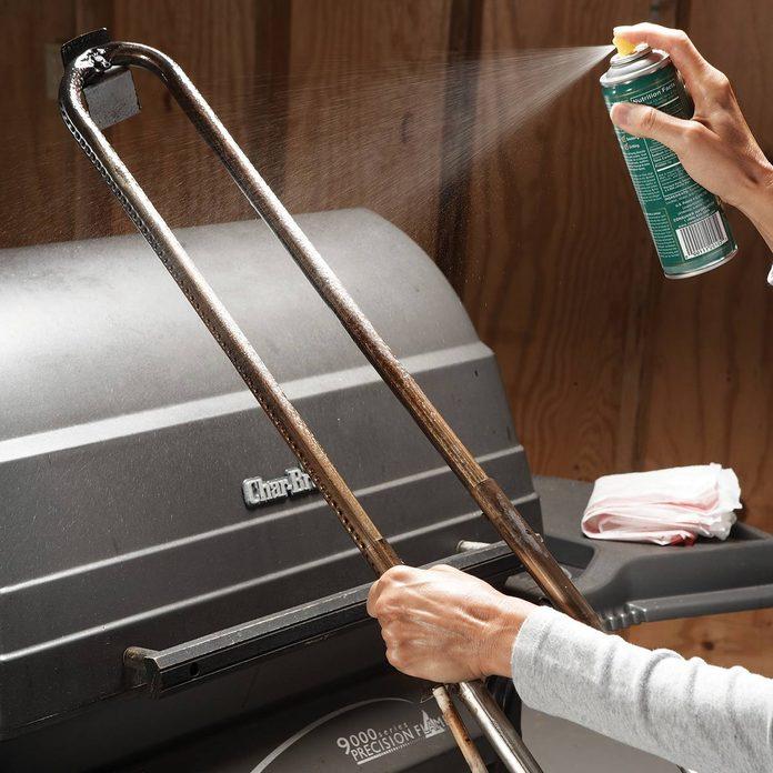 FH08NOV_493_06_013 winterize your grill