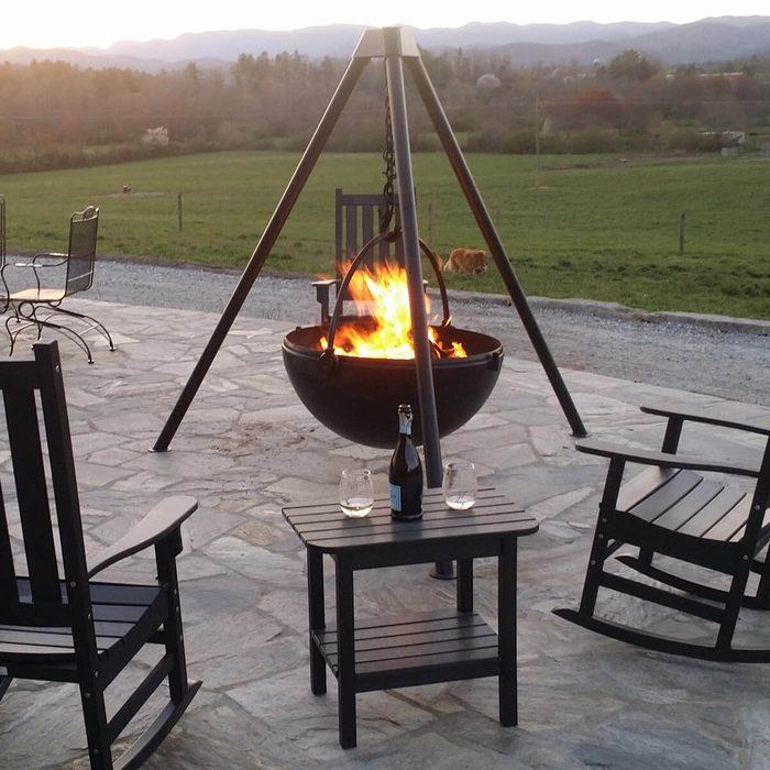 Cool Fire Pit Ideas: Cowboy Cauldron