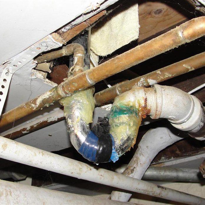 Bad-bath-tub-trap-repair inspector horror stories shoo goo plumbing repair