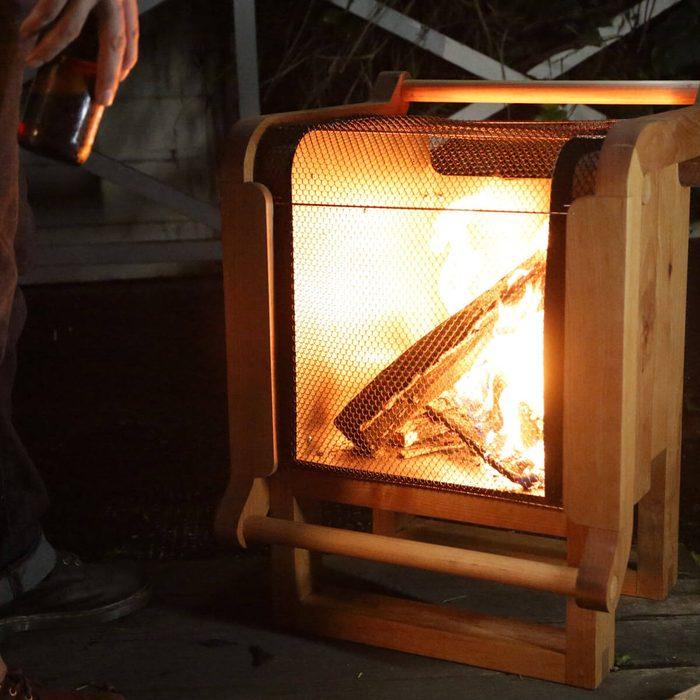 Fire Pit Design Ideas: Wooden Fire Pit