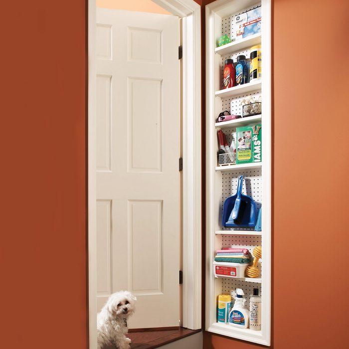 FH07JUN_482_50_005 stud space cabinet storage