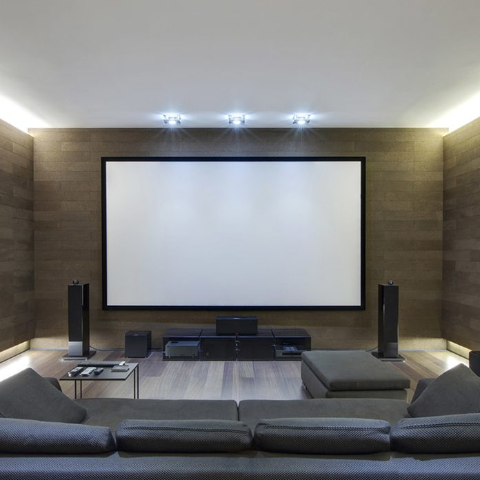 dfh5_shutterstock_254157640-big-screen-tv-1200x1200 home theater