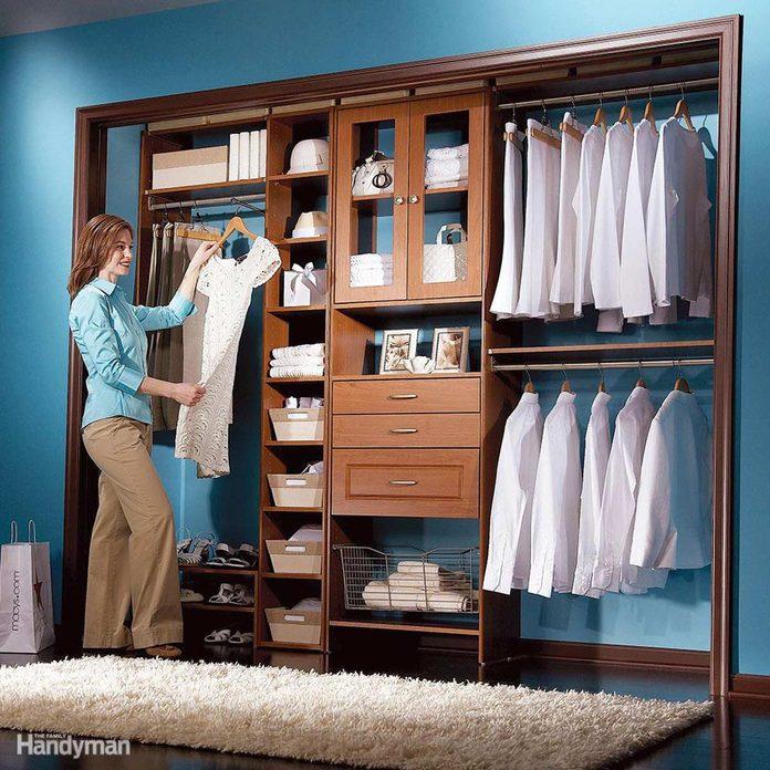 FH09FEB_Lowcos_01-3 closet organizer