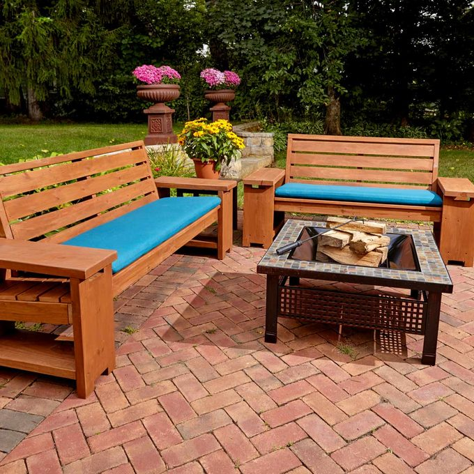 Patio Combo With Built-In End Table