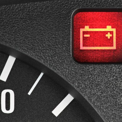 battery_369625247_02 car battery light winter driving tips