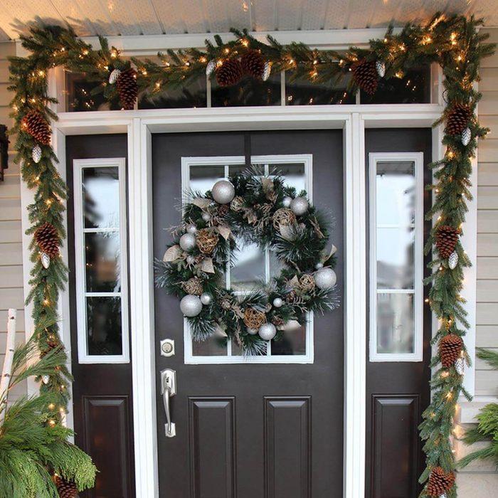 Doorway Garland