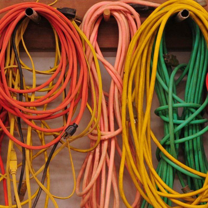 extension cords_122654983 DIYer