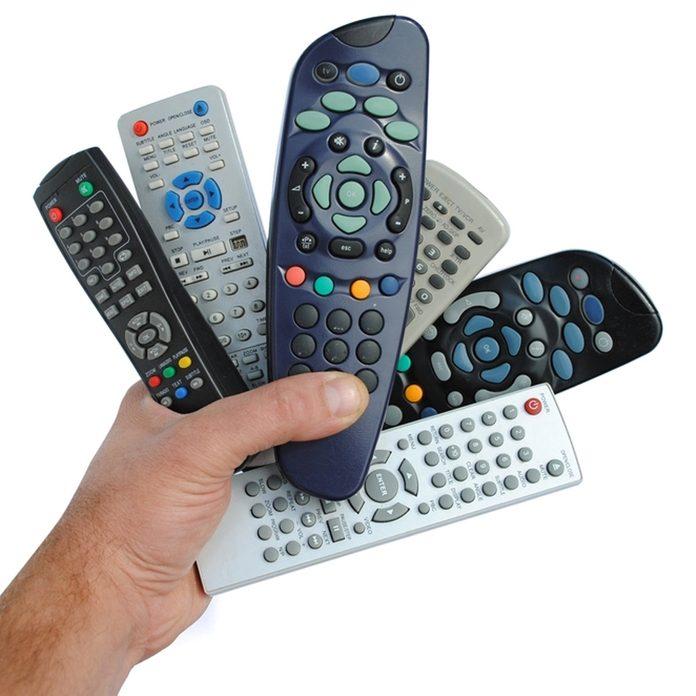 dfh8_shutterstock_87066848 tv remotes