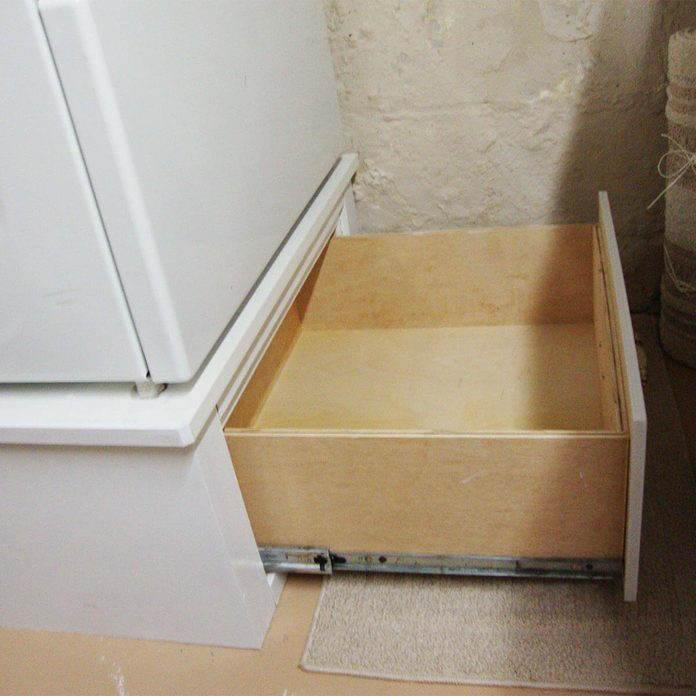 reader pedestal drawer