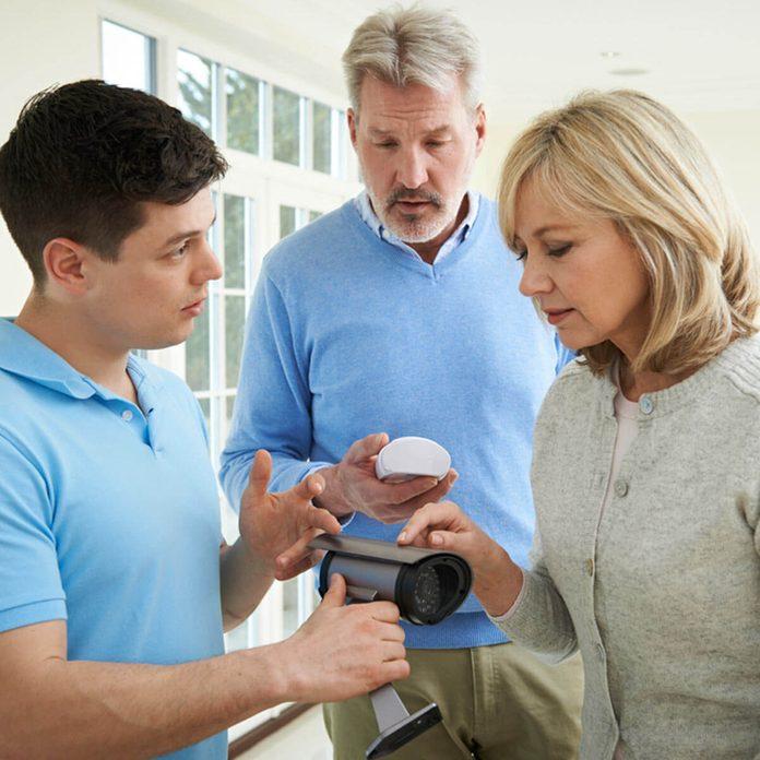 shoparound_518371435_03 home security system consultation