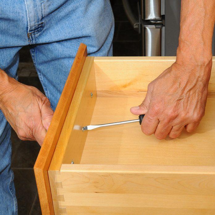 shutterstock_134206397 update kitchen hardware