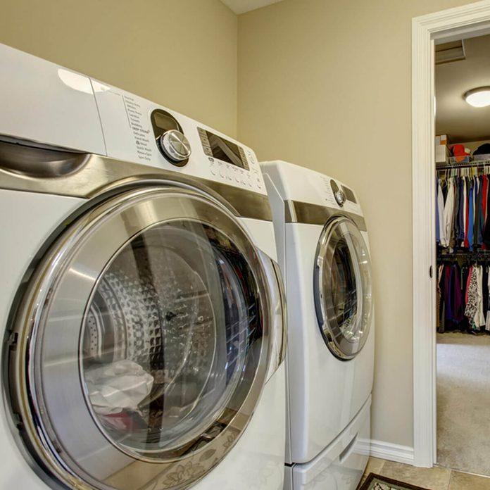shutterstock_301521827 washer and dryer closet