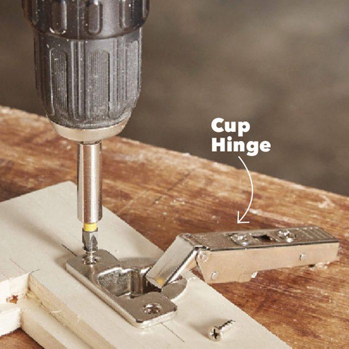 047_FHM_OCTNOV17_200-lr-2 mount the cup hinges