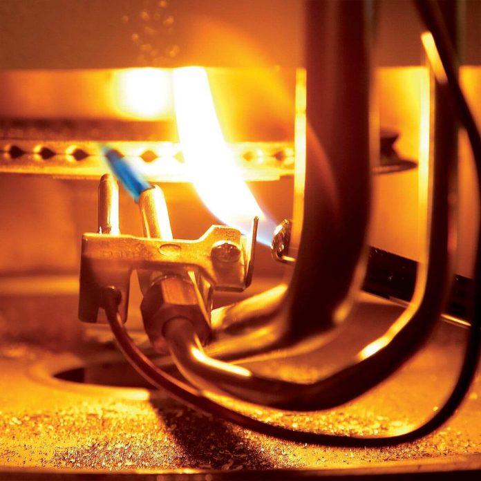 FH08OCT_492_06_035 Water Heater Pilot Light