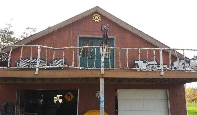 birch deck railing with batman