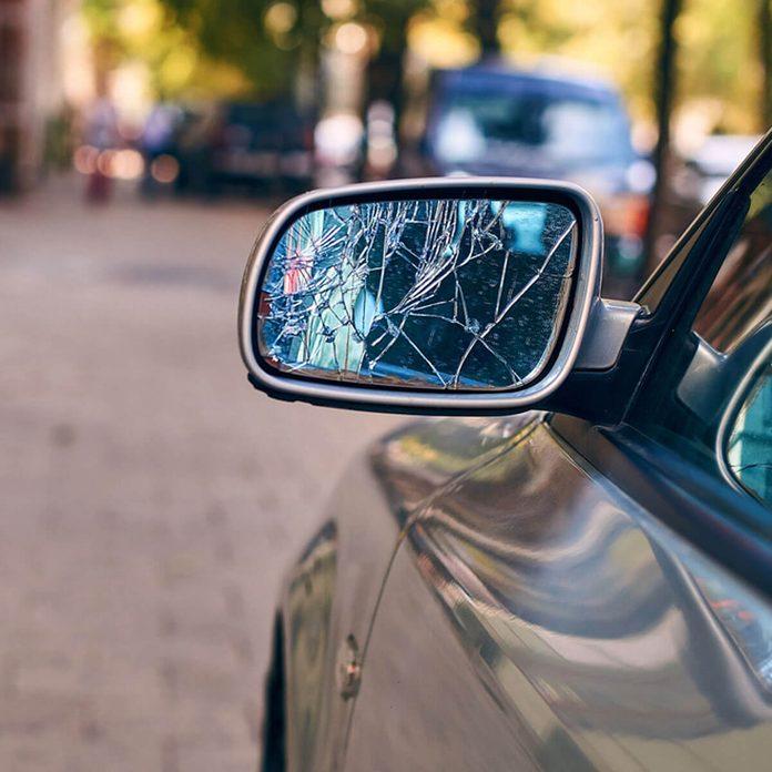 dfh11_shutterstock_487815760 car broken mirror