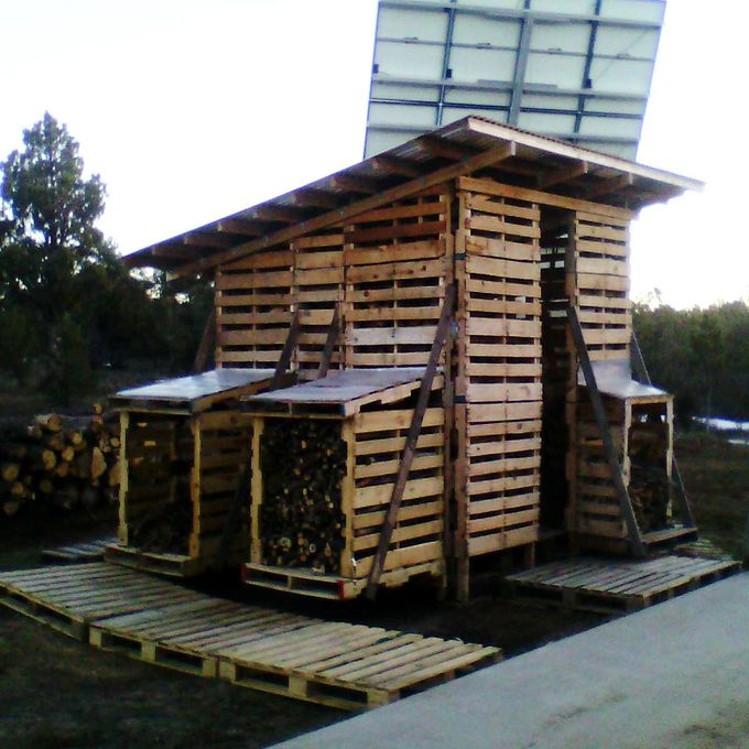 pallet shed for firewood