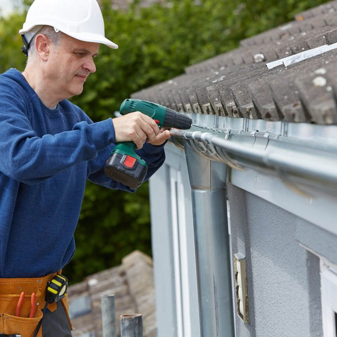 shutterstock_300424976 fix gutters