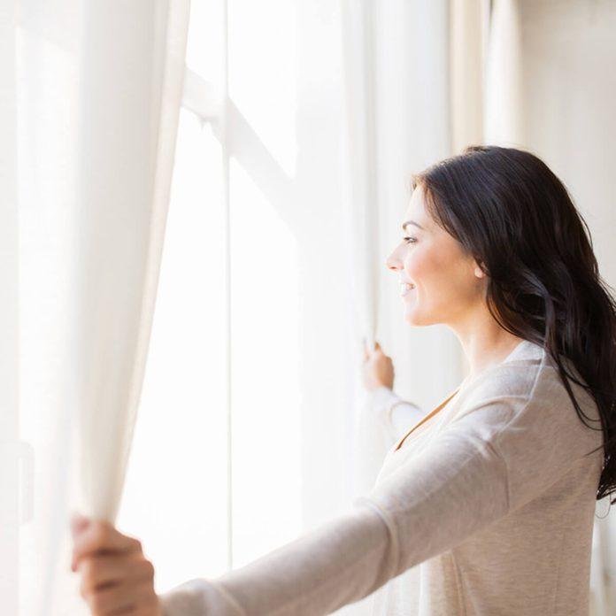 shutterstock_430417003 window treatments curtains light