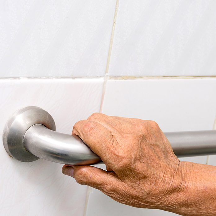 shutterstock_665922526 bathroom grab bars