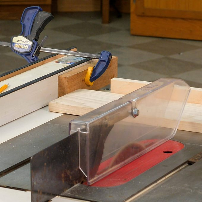 crosscut on table saw safely