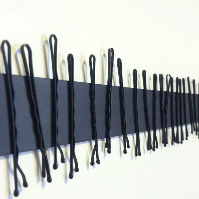 hair-pins-magnetic-strips