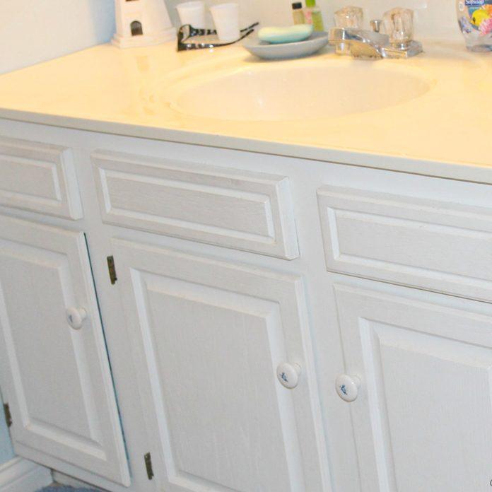 bathroom vanity makeover before