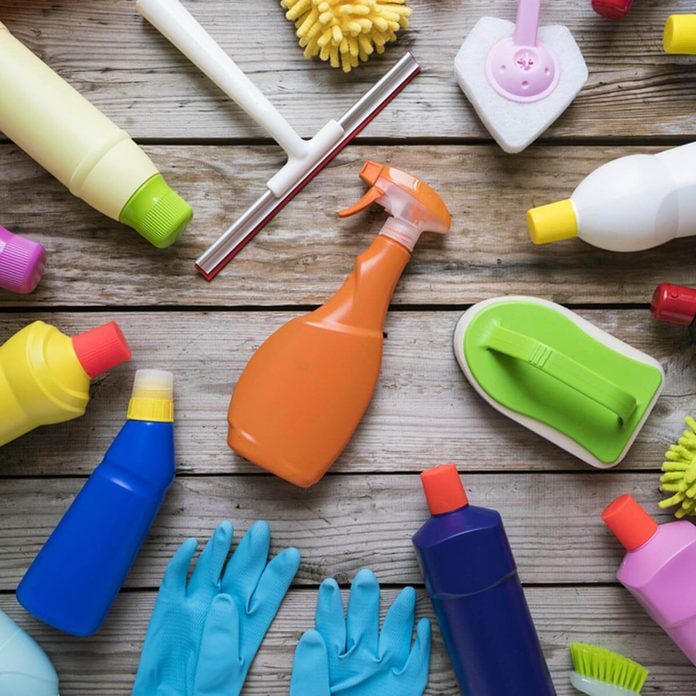 shutterstock_607985402 cleaning products