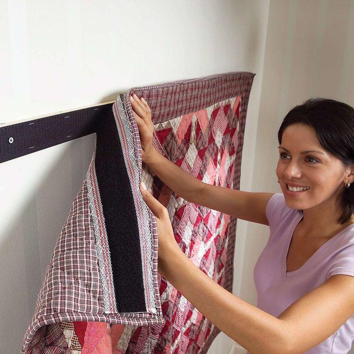 hang a quilt
