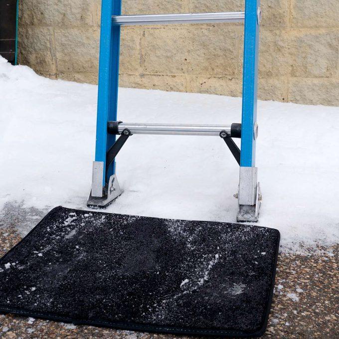 HH Carpet Scrap Slipper ladder
