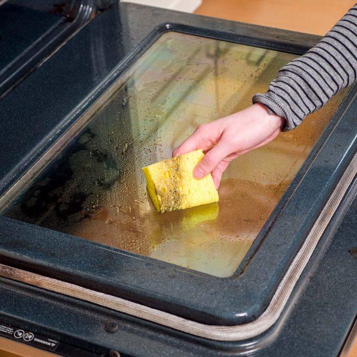 HH Steam clean oven wipe