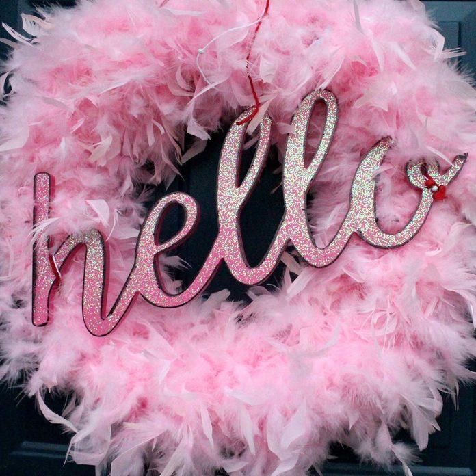 feather valentine wreath