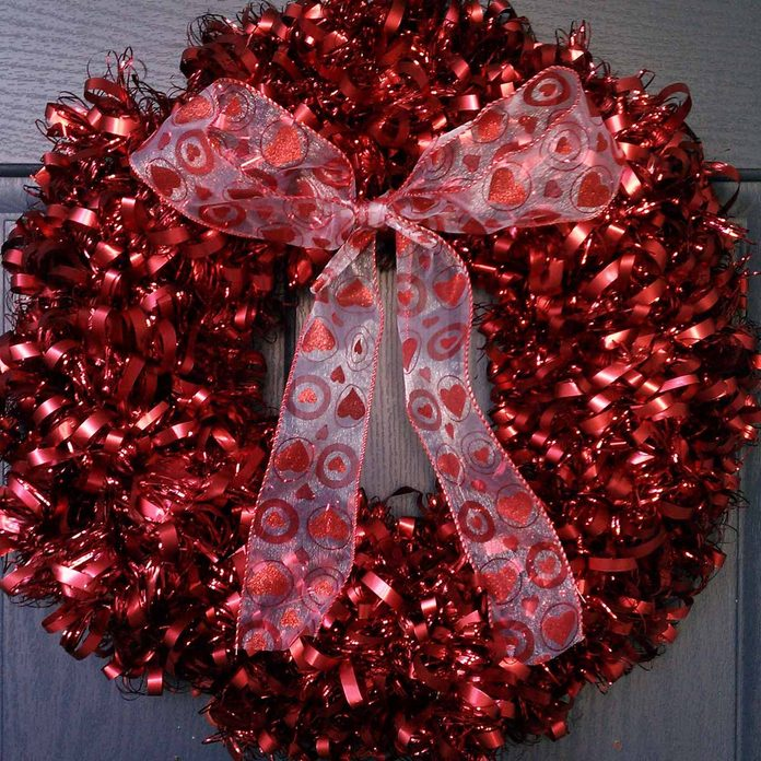 Ribbon and Garland Wreath valentine