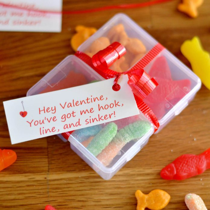 candy tackle box valentine